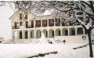 ayuntamiento con nieve